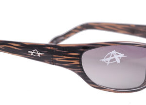Shaded glasses with brown and black strokes